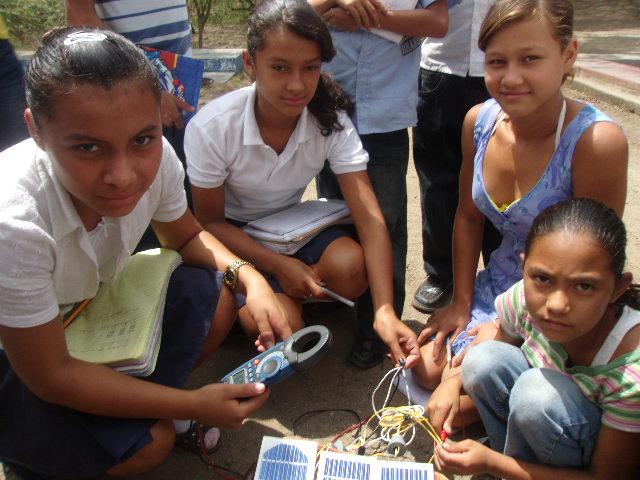 Ausbildung von Schülern in Photovoltaik